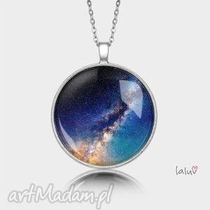 medalion okrągły droga mleczna, kosmos, wszechświat, gwiazdy, prezent, wisior
