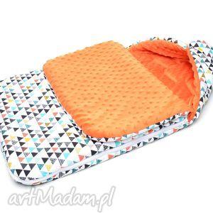 MILUTKA śpiworek do wózka MINKY 90CM uniwersalny kolorowe trójkaty/pomarańcz
