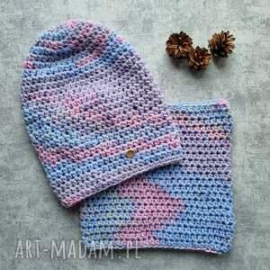 handmade czapki pastelowy zestaw komin i czapka włóczka