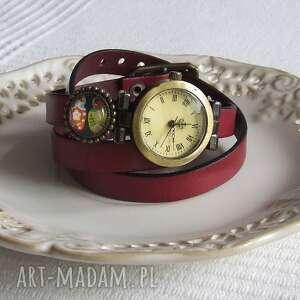 zegarki zegarek vintage z grafiką skórzany bordowy, biżuteria
