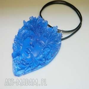 Niebieska twarz-N53, wisior, żywica, wisior-żywica, unikatowa-biżuteria