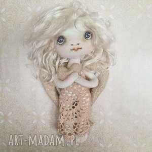 dekoracja tekstylna aniołek - julia - opiekunka miłości - anioł, serce