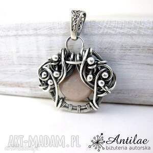 wisiorek wire wrapping, kamień słoneczny, srebrny wisiorek, delikatna biżuteria