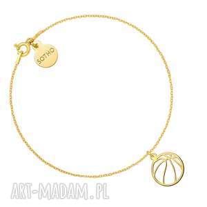 złota bransoletka z piłką do koszykówki - koszykówka
