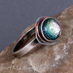 błękitna poświata - pierścionek srebrny a352, pierścionek, korona, srebro, kolczyki
