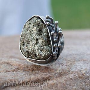 Pierścionek srebrny z surowym pirytem. A487, piryt, pierścionek, srebro,