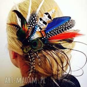 fascynator z piór,,kolorowe szaleństwo, fascynator, pawie, boho, pióra, ślub