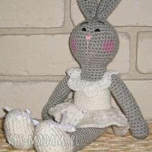 maskotki króliczka reginka, maskotka, zabawka, przytulanka, upominek, prezent