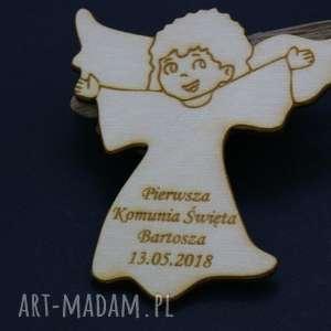 komplet 8 aniołków z grawerem, magnes, anioł, komunia, chrzest, drewniane, grawer