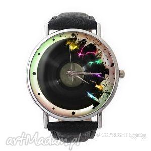 artystyczny winyl - skórzany zegarek z dużą tarczą - zegarek, artystyczny
