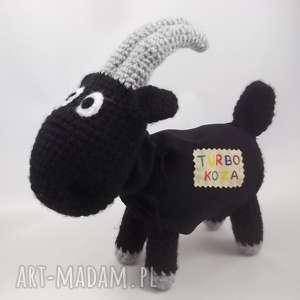 TURBO KOZA, koza, kózka, maskotka, zabawka, szydełkowa, oryginalna