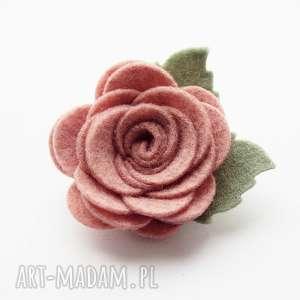 ozdoby do włosów spinka różyczka cameo pink, filc, ozdoby