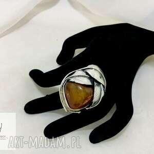 pierścionek srebrny z bursztynem bałtyckim regulowany rękodzieło unikat