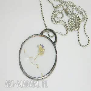 szklany witraż, wisior, wisior-miedziany, unikalna-biżuteria, szklany-wisior