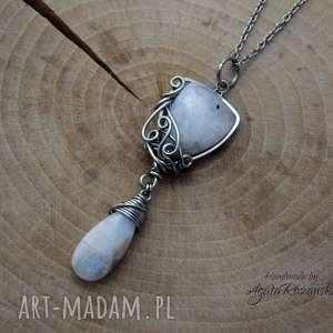 handmade wisiorki wisiorek z kamieniem księżycowym, stal chirurgiczna, wire wrapping