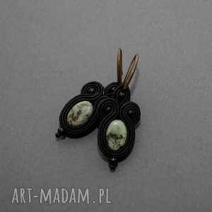 kolczyki sutasz z turkusami afrykańskimi, sznurek, eleganckie, wiszące, małe, kamień