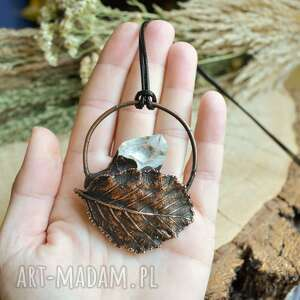 kryształ jesiennie - naszyjnik z kryształem górskim i liściem