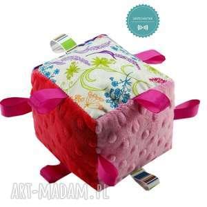 handmade zabawki kostka sensoryczna grzechotka, wzór rajski ogród