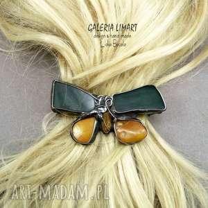 spinka do włosów motyl z nefrytu i mlecznego bursztynu bałtyckiego znakomity
