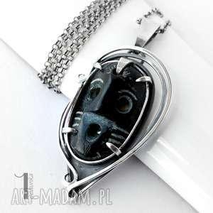 siyah srebrny naszyjnik z maską - srebro, naszyjnik, metaloplastyka, maska, czarna