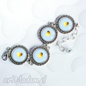 bransloteka serduszka w szkle, modna, stylowa, elegancka, srebrna, serca, serce