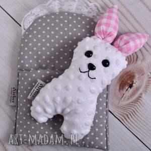 Prezent Przytulanka dziecięca królik w beciku, królik-zabawka, królik-na-prezent