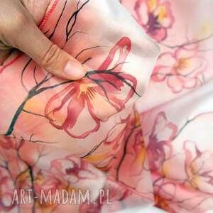 chustki i apaszki brzoskwiniowy szal jedwabny ręcznie malowany