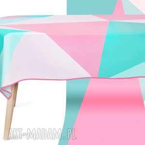 obrus crata trójkąty 120x160 cm wodoodporny bawełniany pokryty matową powłoką
