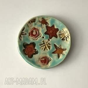 ręcznie robiona mydelniczka wzory, akcesoria łazienkowe, ceramiczna