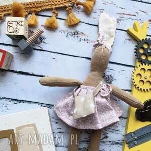 hand-made maskotki pani królik mini