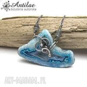 srebrny naszyjnik z niebieskim agatem druzą, agat delikatny