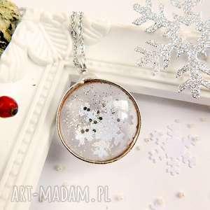 Żimowy wisirek ze śniezynką - święta, prezent, śnieżynka