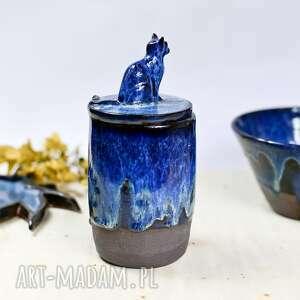 kamionkowy pojemnik na różności z figurką kota ocean -650ml, ceramika prezent