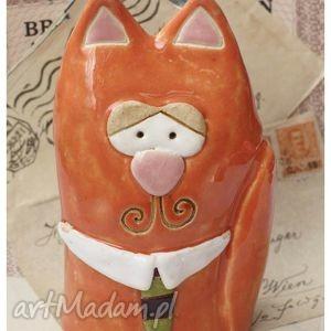 handmade ceramika kot z krawatem