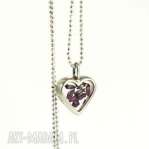 naszyjnik srebrny serduszko z wrzosem, żywica, srebro, wrzos, serce, elegancki