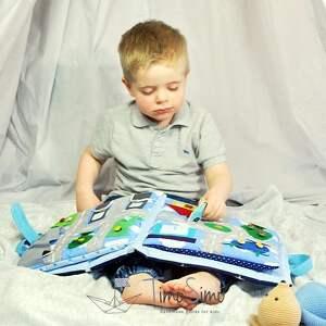 handmade zabawki książeczka sensoryczna quiet book dla chłopca