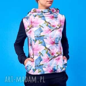 Bluza z kominem magnolie w symetrii, bluza-damska, bluza-w-kwiaty, motyw-kwiatowy