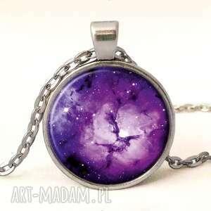 fioletowa nebula - medalion z łańcuszkiem egginegg, prezent, galaxy