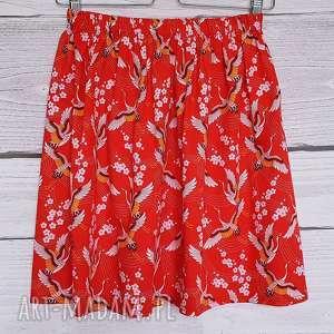 Spódnica japońskie żurawie na czerwonym tle, japoński-wzór, rozkloszowana, żurawie,