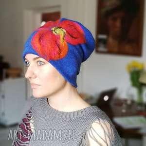 czapka handmade wełniana z kwiatem - czapka, wełna, etno, boho, kwiaty, damska