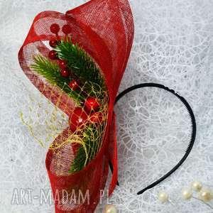 fascynator świąteczny, święta, fascynator, sinamay, woalka, czerwień, złoto