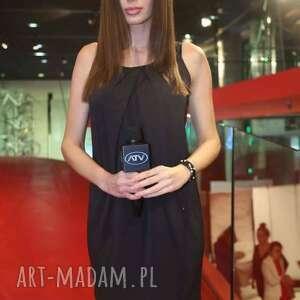 Sukienka Rogusa Nero, sukienka, spotkanie, party, ramiona, ramiączka, uniwersalna