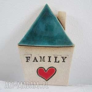 turkusowy domek z serduszkiem magnes, czerwony, domek, ceramiczny