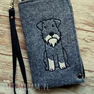 filcowe etui na telefon - piesek, smartfon, pokrowiec, haftowane, pies, prezent