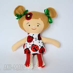 Lala Fruzia - Kasia 25 cm, lalka, biedronka, niemowlę, dziewczynka, roczek, chrzest