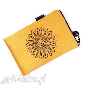 tabletnik ::żółtos::, tablet, etui, haft, zamsz, alkantara, pokrowiec