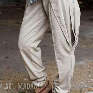 Wełniane spodnie z futurystycznymi warstwami m non tess wełniane
