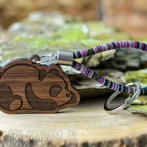 breloki brelok do kluczy boho panda z drewna orzech etnum, pandą