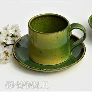 ręcznie formowana filiżanka ceramiczna ze spodkiem, ceramika, filiżanka, kubek