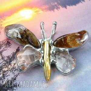 wisiorek mały motyl z miodowym cytrynem, motyl, cytryn, cytrynem